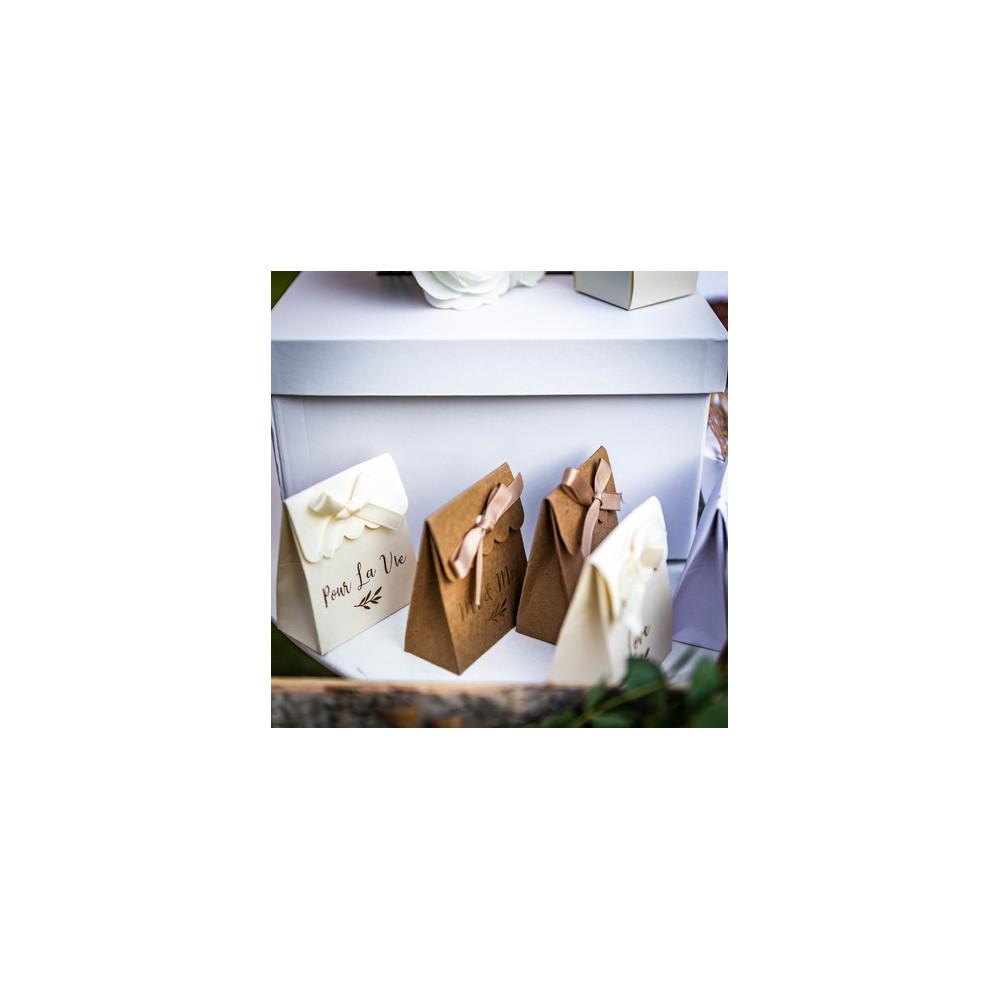 LOT 10 HOUSSES de chaise en tissu non tissé, divers coloris